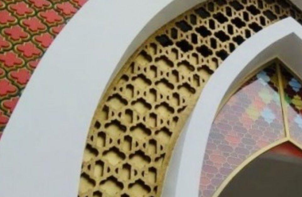 Cantik-Ini-Dia-3-Inspirasi-Desain-Interior-Masjid-Menggunakan-3D-Wall-Panel-Mosaicart